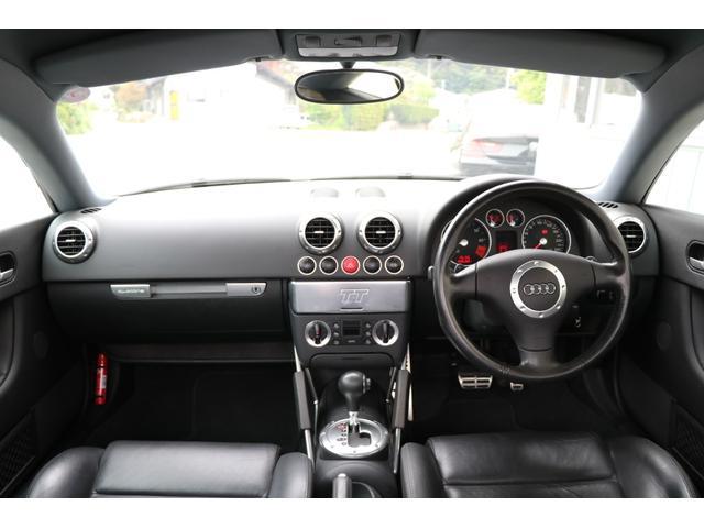 3.2クワトロ Sライン 4WD V6 3200cc 250ps 天張張替済 キセノンライト ヘッドライトリペア 黒革シート シートヒーター 純正18インチアルミ スペアキー 取扱説明書 記録簿12枚 走行テスト済車輛(17枚目)