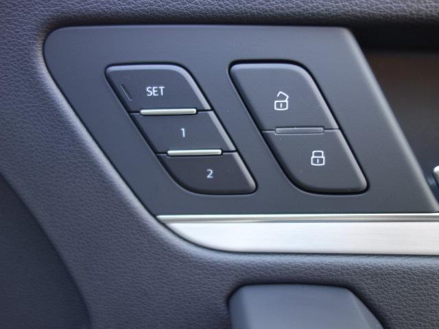 「アウディ」「Q5」「SUV・クロカン」「大分県」の中古車13