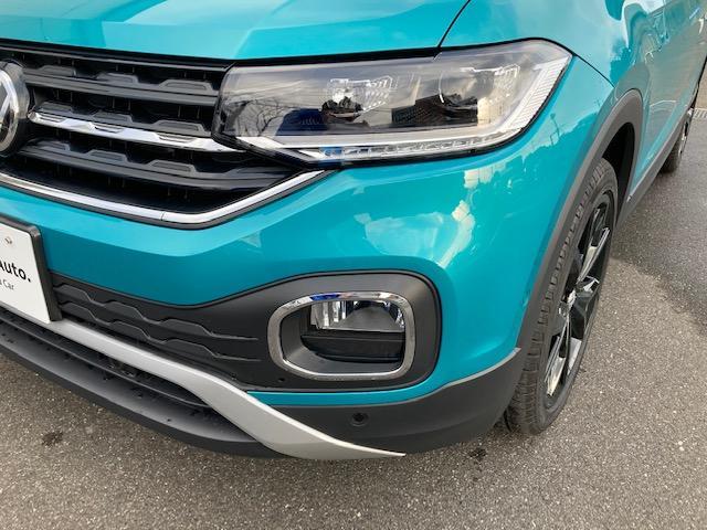 1stPlusに装備されているハイビームアシストはLEDヘッドライト(オートハイトコントロール機能付)のローとハイを自動で切り替え、対向車への眩惑を軽減します。