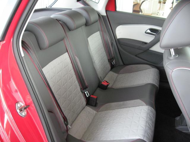 フォルクスワーゲン VW ポロ with beats DEMO CAR