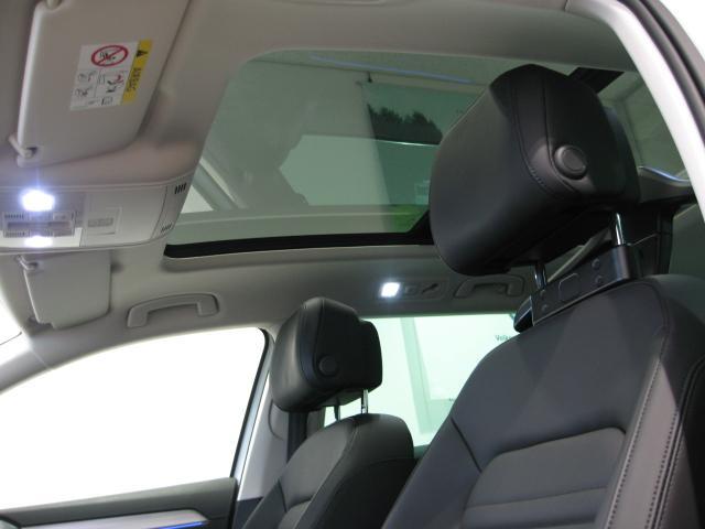 フォルクスワーゲン VW パサートGTEヴァリアント GTE Advance DEMO CAR