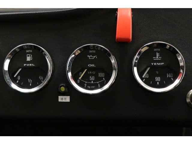 より鮮明な写真を当社HPにてご覧頂けます。詳しくはコチラへ→http://www.uk-sports-cars.com/