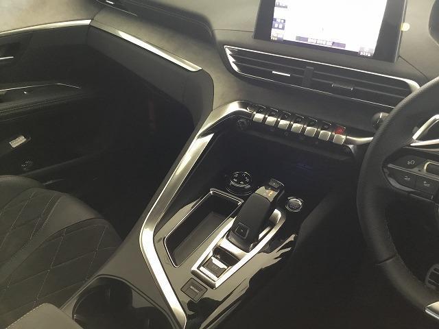 「プジョー」「プジョー 5008」「SUV・クロカン」「熊本県」の中古車13