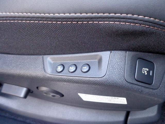 「プジョー」「5008」「SUV・クロカン」「大分県」の中古車19