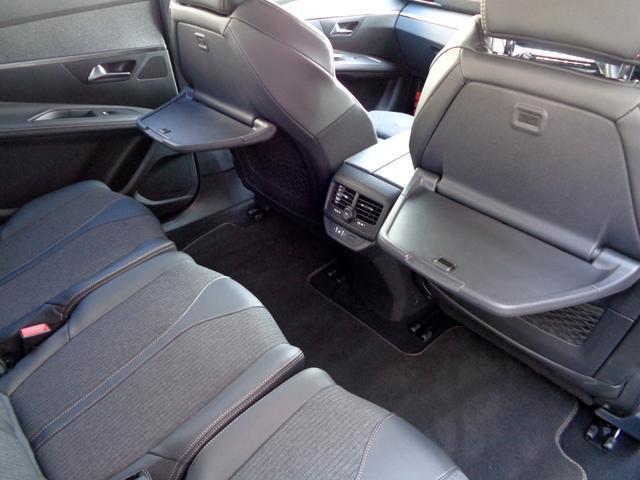 「プジョー」「5008」「SUV・クロカン」「大分県」の中古車32