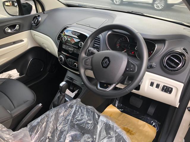 「ルノー」「キャプチャー」「SUV・クロカン」「広島県」の中古車7