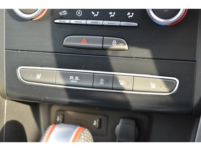 「ルノー」「メガーヌ」「コンパクトカー」「広島県」の中古車35