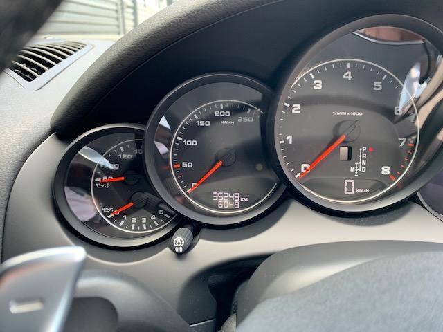 プラチナエディション ティプトロニックS 4WD シートヒー(17枚目)