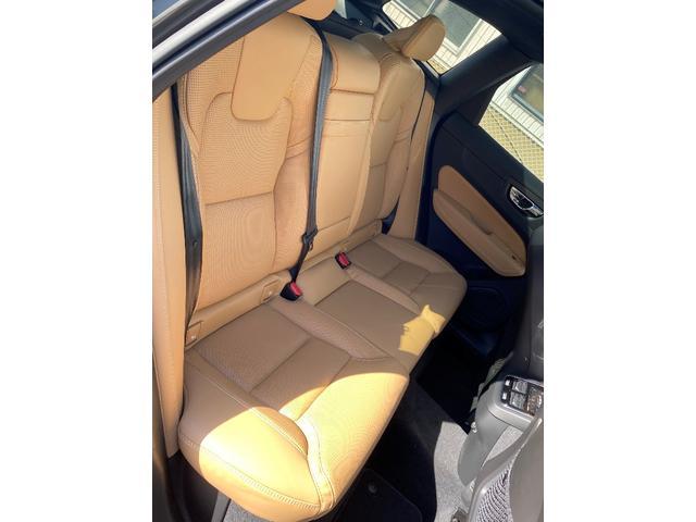 リヤシートは若干内向きに、高く設計され前席の方と、コミュニケーションが取れやすい工夫が施されています。お子様が後ろに乗っていても室内は、いつもと変わらず賑やかになることでしょう。