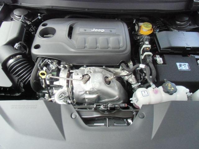 リミテッド 2.0Lターボ レギュラーガソリン デモカー(13枚目)