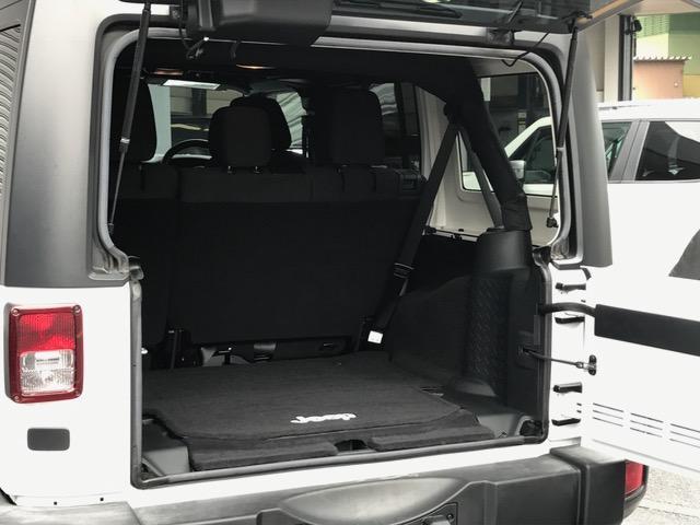 「その他」「ジープラングラーアンリミテッド」「SUV・クロカン」「福岡県」の中古車16