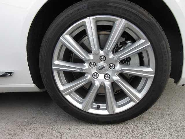 T6 AWD インスクリプション(10枚目)