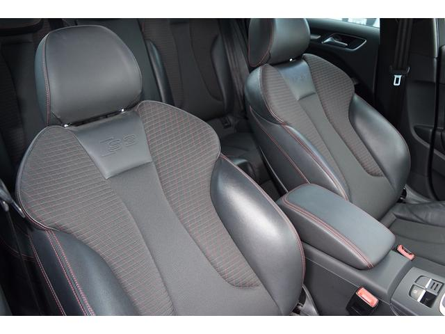 2.0T Sedan  ACC レッドキャリパー 認定中古車(11枚目)