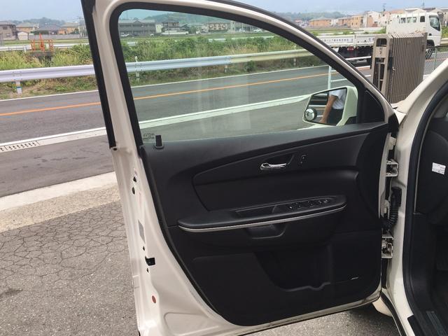 GMC GMC アカディア 新車並行 22AW サンルーフ