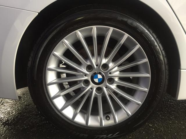 BMW BMW 320iラグジュアリー