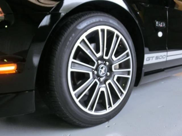 V8 GTグラスルーフレッドホット 走行7千Km(10枚目)