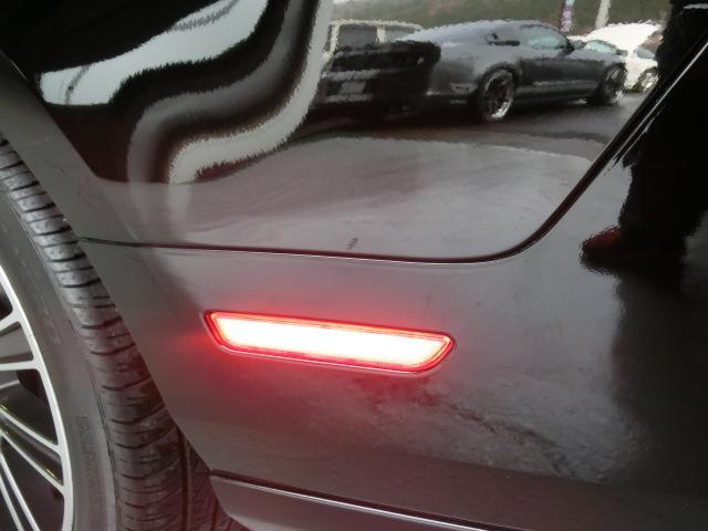 V8 GTグラスルーフレッドホット 走行7千Km(17枚目)