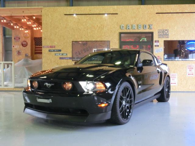 V8 GTクーペ グラスルーフ ザ ブラック 35台限定車(6枚目)