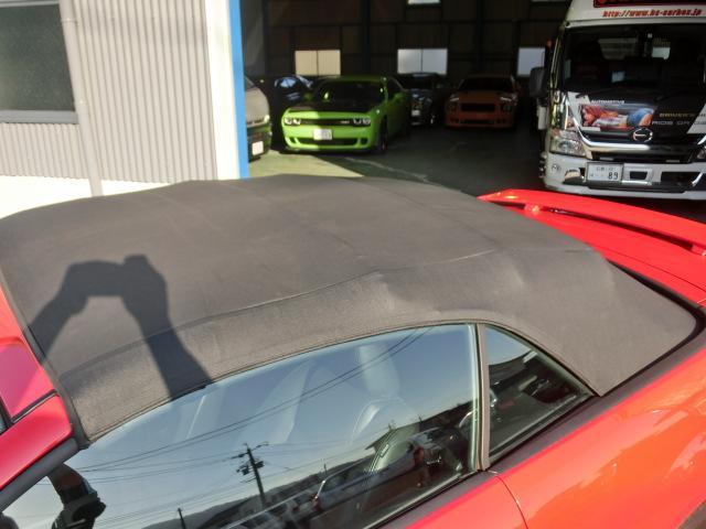 V8 GTコンバーチブル プレミアム 正規ディーラー車(18枚目)