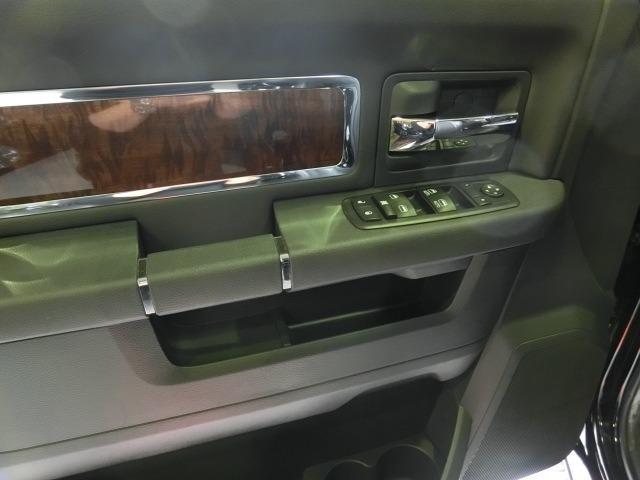 「ダッジ」「ラムバン」「ミニバン・ワンボックス」「広島県」の中古車24