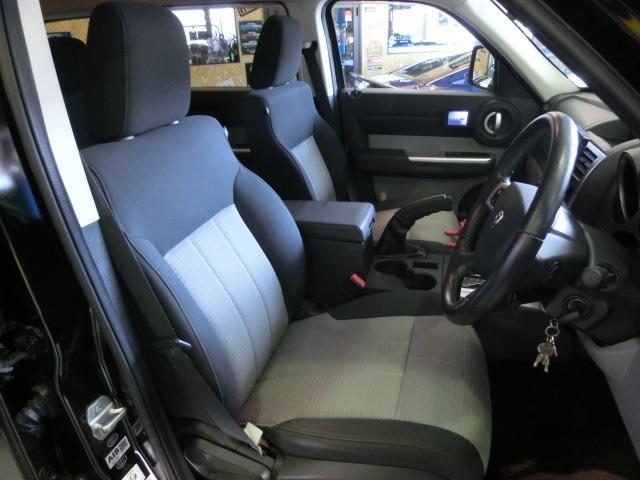 「ダッジ」「ダッジナイトロ」「SUV・クロカン」「広島県」の中古車12