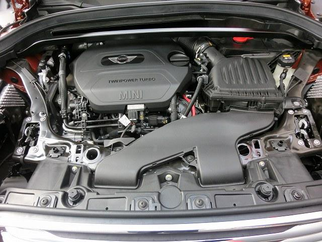 150ps 330N 燃費21.2km/L(カタログ値)燃費と走りを両立したエンジン