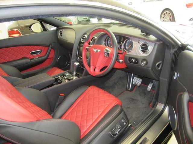 GT V8 S(9枚目)