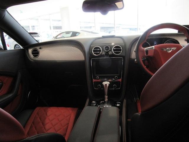 GT V8 S(18枚目)
