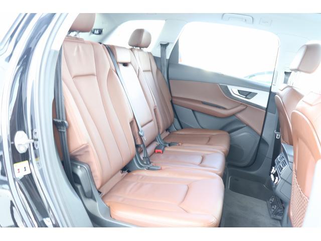 「アウディ」「Q7」「SUV・クロカン」「福岡県」の中古車12