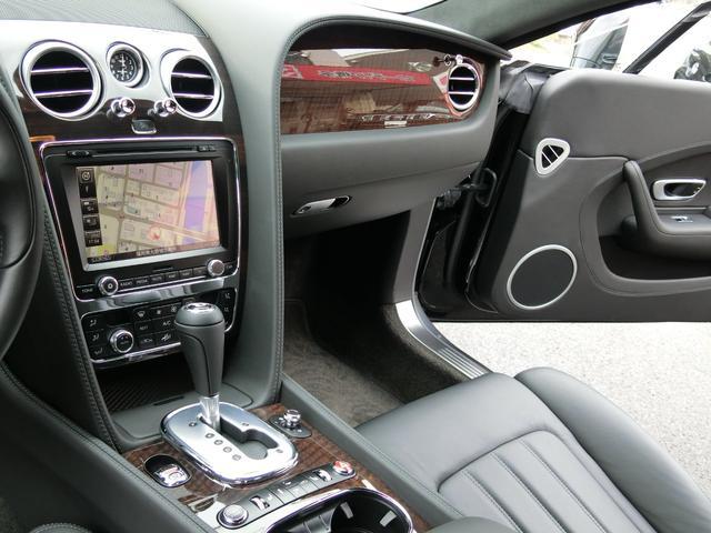 GT V8 ディーラー車 黒革シート 禁煙車(17枚目)