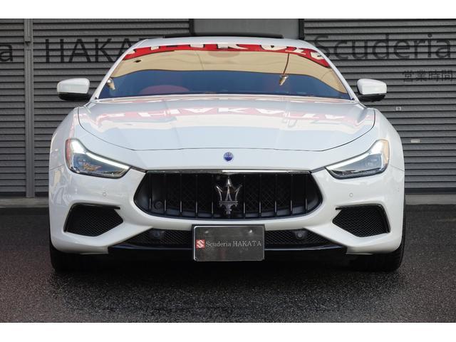 グランスポーツ ドライバーパッケージ ツーリングパッケージ 社外車高調 純正OP21インチアルミ。(2枚目)