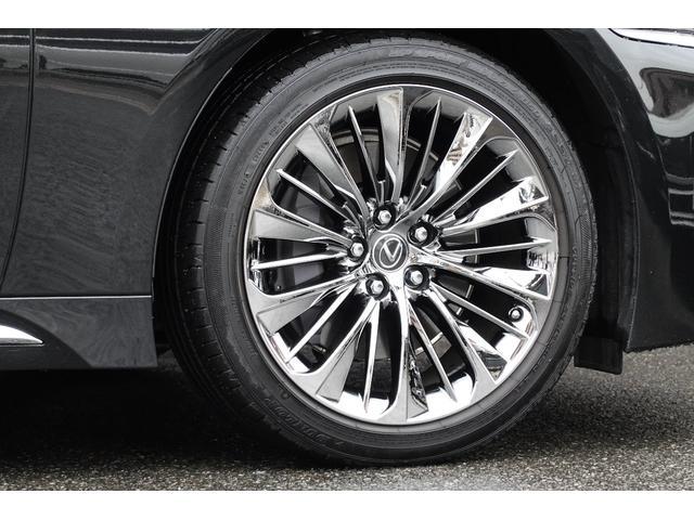 LS500h エグゼクティブ 4WD ワンオーナー 禁煙車 マークレビンソン リヤ―エンターテイメントS(10枚目)