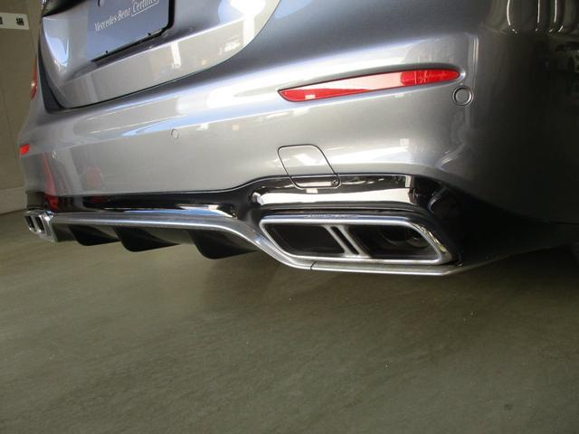 AMGパフォーマンスエグゾーストシステムが排気音をエモーショナルなサウンドに。