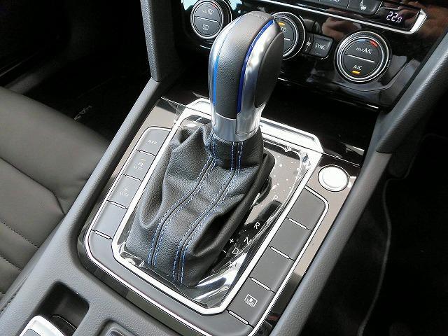 「フォルクスワーゲン」「VW パサートGTE」「セダン」「福岡県」の中古車12