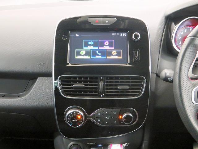 ルノースポール トロフィー 純正オーディオ USB Bluetooth クルーズコントロール 本革巻きステアリング パドルシフト LEDヘッドライト LEDフォグライト オートライト リアコーナーセンサー アイドリングストップ(4枚目)