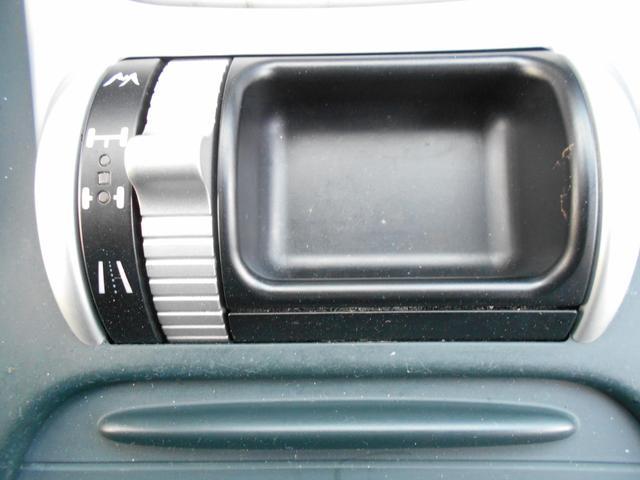 S 4WD 左HD 車黒革 サンルーフ HDDナビ Bカメラ(16枚目)