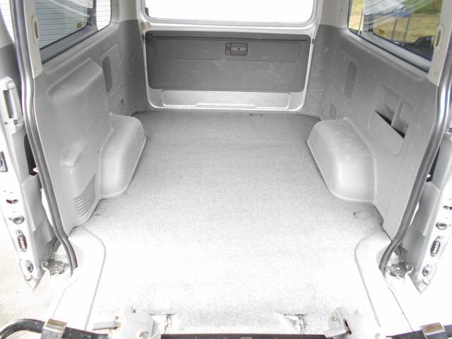 トヨタ ハイエースバン ロングスーパーGL 4WD2.5DT-B HDDナビBカメラ