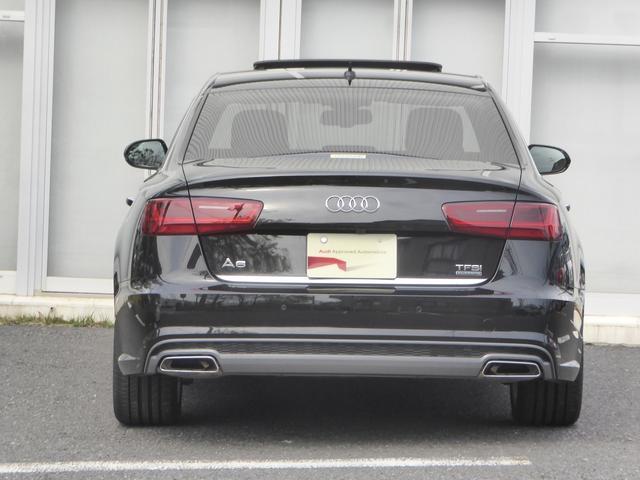リアライトもLEDライトになっておりますので、後続車への視認性にも優れています。