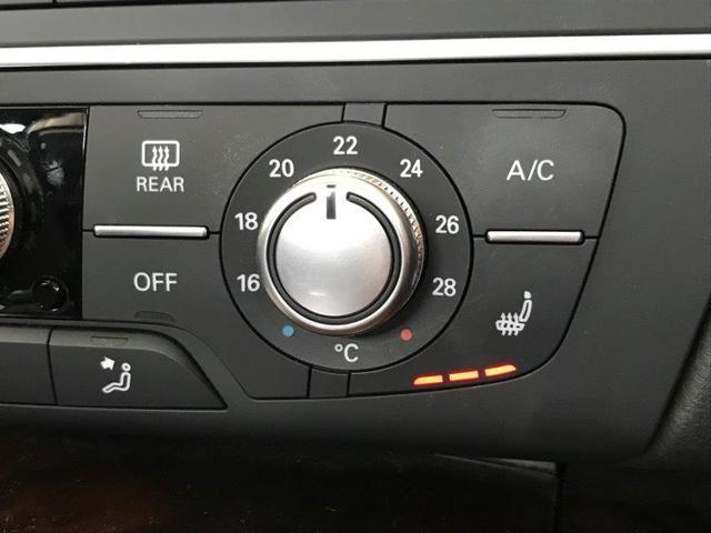 シートヒーターは3段階の調整が可能