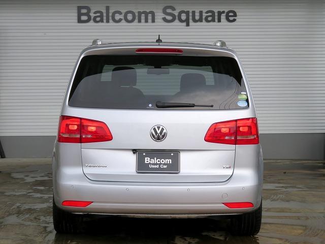 フォルクスワーゲン VW ゴルフトゥーラン TSI ハイライン 新品タイヤ4本 HDDナビ フルセグTV