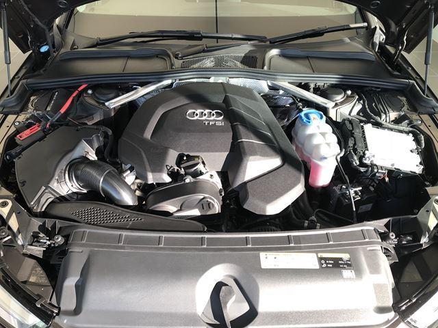 Audi独自のTFSIエンジンがラグジュアリーな見た目とは裏腹に心躍る加速を実現!