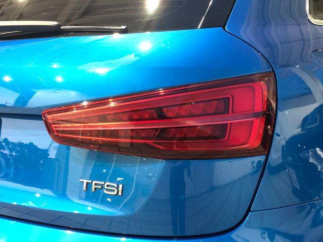 1.4TFSIスポーツ ワンオーナー 禁煙車 純正ナビ(MMI)  ETC LEDヘッドライト ヘッドライトウォッシャー スマートキー 前後障害物センサー リヤカメラ ブルートゥース対応 17インチアルミホイール 認定中古車(36枚目)