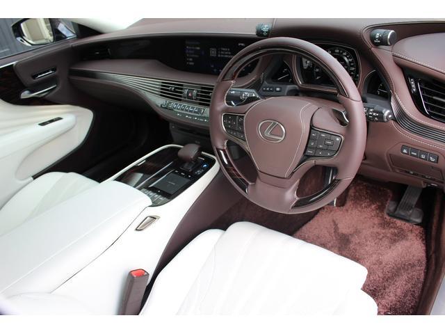 レクサス LS LS500hエグゼクティブ 白革エンタメ
