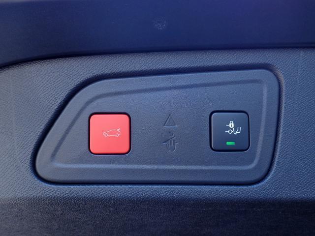 「シトロエン」「C5エアクロス」「SUV・クロカン」「福岡県」の中古車19