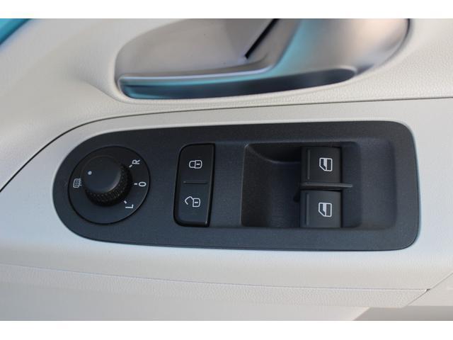 「フォルクスワーゲン」「VW アップ!」「コンパクトカー」「福岡県」の中古車15