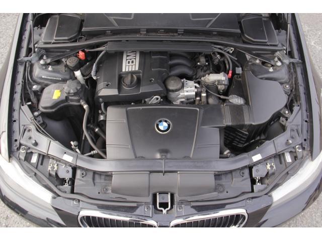 エンジン機関良好!!!50:50 の重量配分や伝統のFRが心躍るスポーツドライビングと「駆け抜ける喜び」を体感してください。