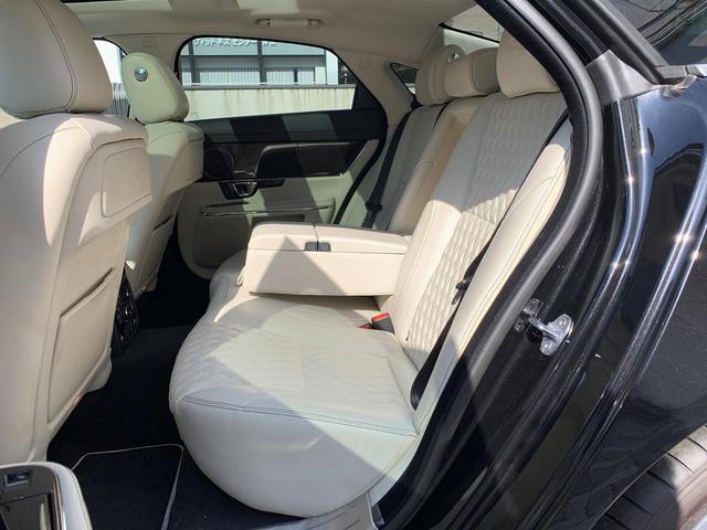 XJ50 新車保証継承 レザー サンルーフ(20枚目)