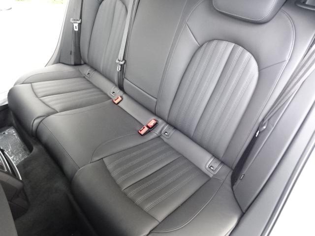 アウディ正規ディーラー 自社下取車をアウディの専門教育を受けたメカニックがアウディ指定の100項目点検を行い、販売致しております。納車後は安心の全国保証!!