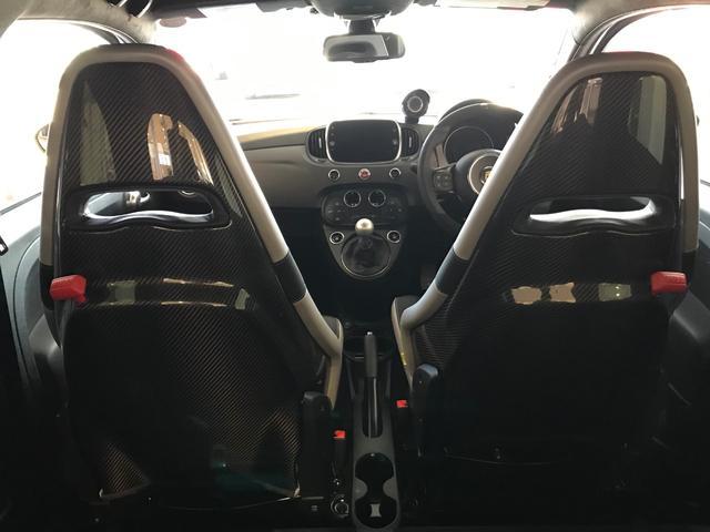 コンペティツィオーネ 5速MT 新車保証継承 カーボンシート(17枚目)