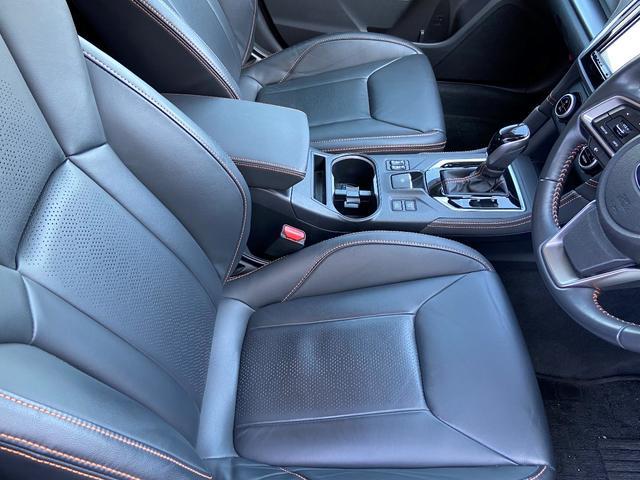 シートも運転席・助手席共に綺麗です!!